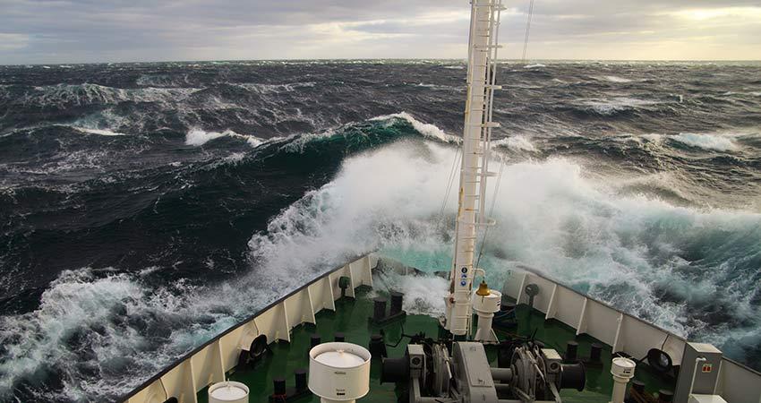 Sirenes davertissement sur les navires de guerre